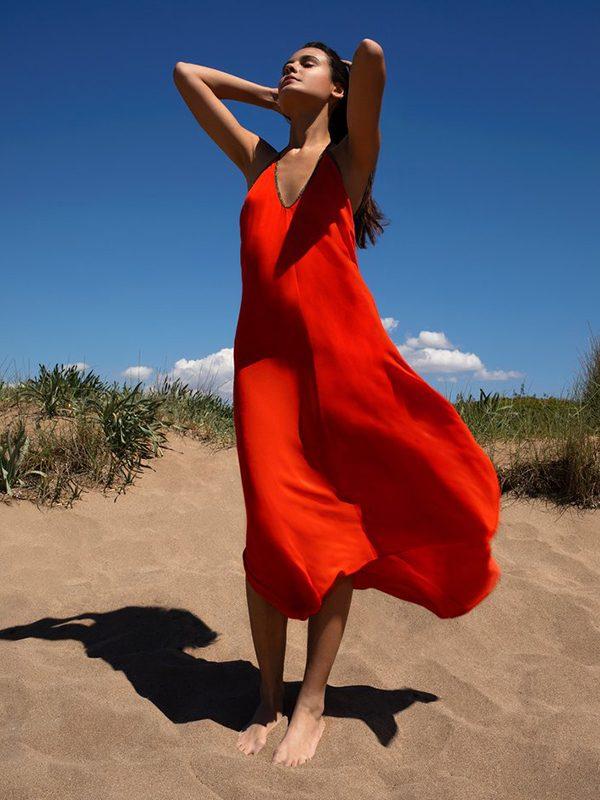 Halter dress in Block Silk (Fire Red)